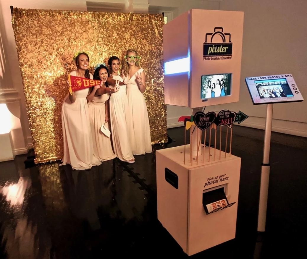 selfie gép esküvőre